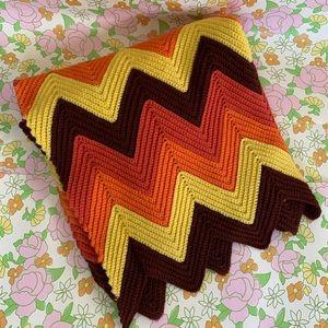 SOLD ETSY Vintage 70s Knit Chevron Blanket Throw